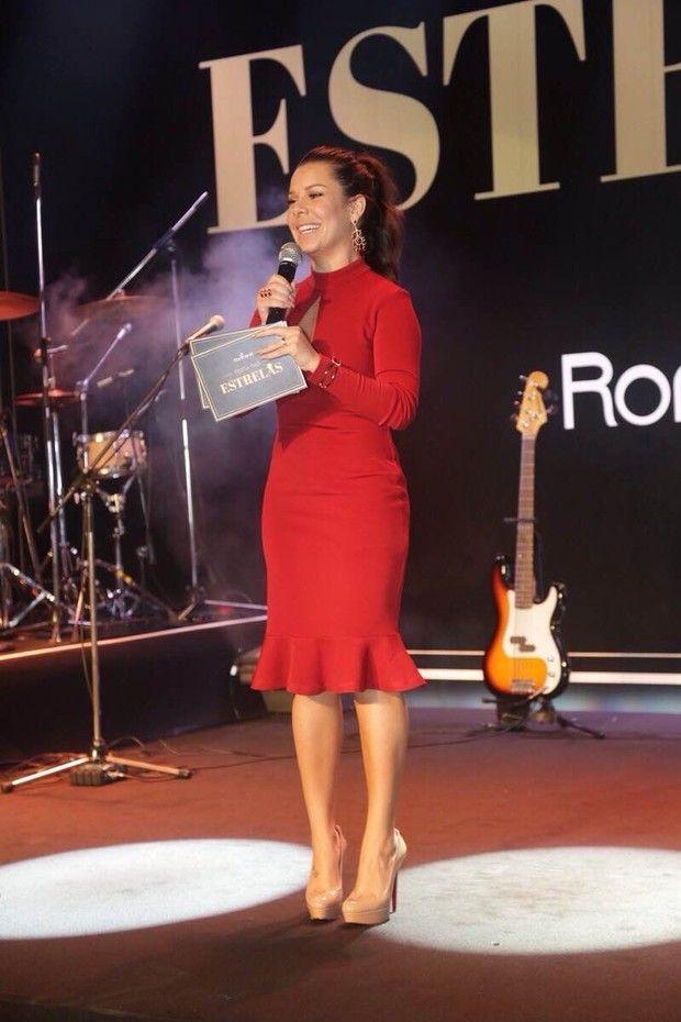 Fernanda Souza usa vestido que já foi aposta de várias famosas