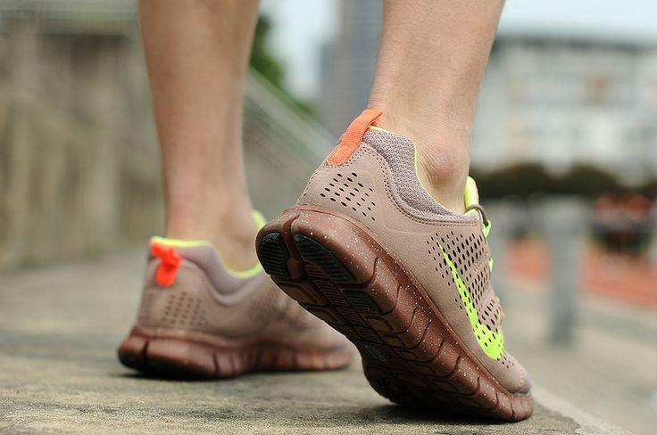 i want Nike Free Powerlines+ II