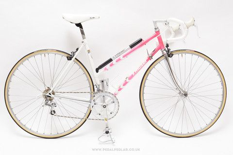 51cm F. Moser Corsa Ladies Racing Bike - at Pedal Pedlar... I'm crying with WANT for this bike.