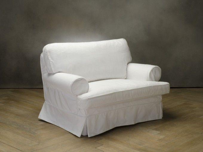 HELENA Poltrona  codice: 8457100010    Colore  bianco  Rivestimento  cotone  Piedini  faggio  Struttura  faggio e abete  Misura:  (134x90x92)