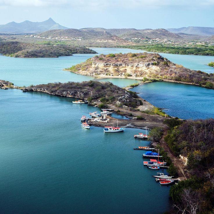 """Easy like a #Curaçao #Sunday morning. Tan facil como un domingo por la mañana en Curaçao.  #instatravel #curacao #sunday #caribbean #dutchcaribbean"""