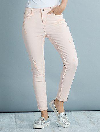 Slimfit stretch broek met een hoge taille en versleten plekken                             roze Dameskleding  - Kiabi