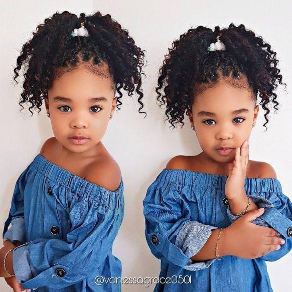 30 Frisurideen Fur Afro Madchen Naturlocken Frisuren Madchen Frisuren Haar Styling