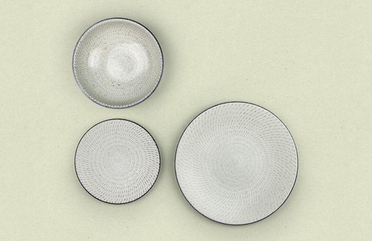 Chihaya Japanese Tableware Set - Nendo