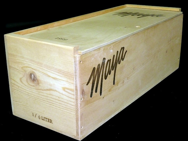 Maya Winery single bottle Jeroboam sized wine crate with reverse slide-top lid