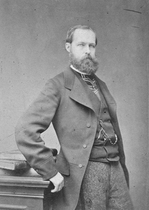 8/14.  (great-grandfather) Philippe d'Orléans, Count of Paris (1838-1894) was doubly an ancestor of Archduchess Margherita.  He nearly reached the French throne, but for the unwillingness of the Legitimist heir the Comte de Chambord to compromise on republican symbols such as the tricolor.