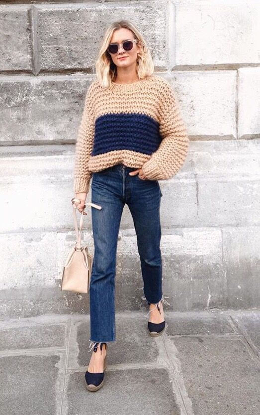 chunky color block sweater, denim, bucket bag, and espadrilles.