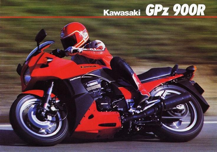 Kawasaki GPZ900R (1984)