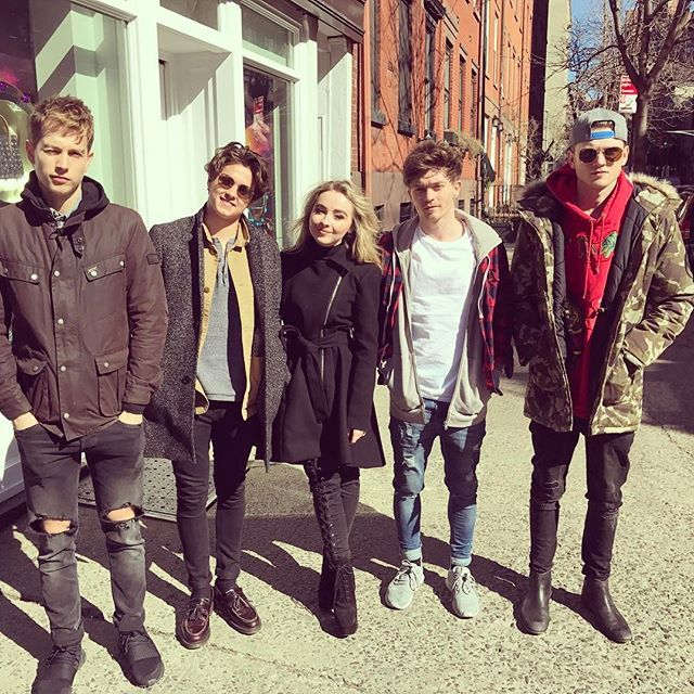 | CONNOR BALL EXCITED TO HAVE SABRINA CARPENTER ON TOUR WITH THE VAMPS! | http://www.boybands.co.uk