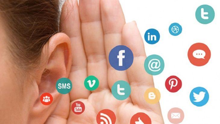 ايجابيات وسلبيات مواقع التواصل الاجتماعي Stud Earrings Sms Blog