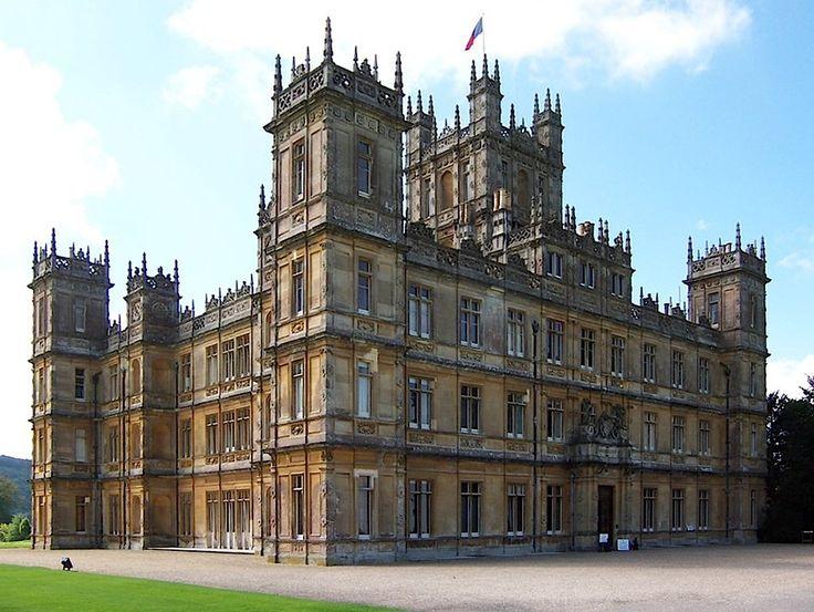 O Highclere Castle é usado nas filmagens como Downton Abbey.