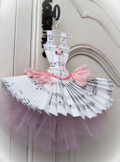 paper craft and nice dress  ever !!