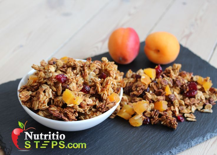 APRICOT HOMEMADE HEALTHY GRANOLA