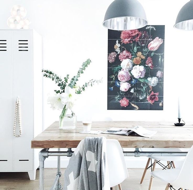 Picture perfect with the Rijksmuseum IXXI. For more inspiration, see: www.ixxidesign.com/inspiration  #IXXI #ixxiyourworld #home #inspiration #livingroom #whiteliving #flowers #wallart #design