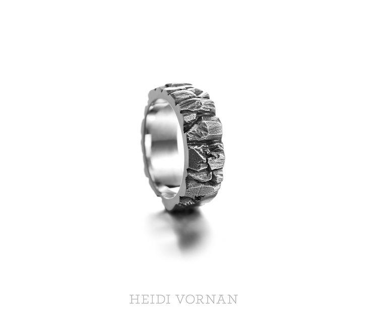 Custom-made wedding ring, coated with black rhodium Design Heidi Vornan Photo Mikael Pettersson