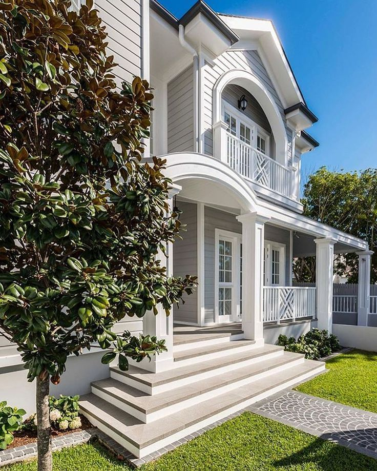 Classic style  Bespoke Homes Hamptons Inspired  Master Renovators  Classic, Elegant, Timeless Construction #hamptonsstyle