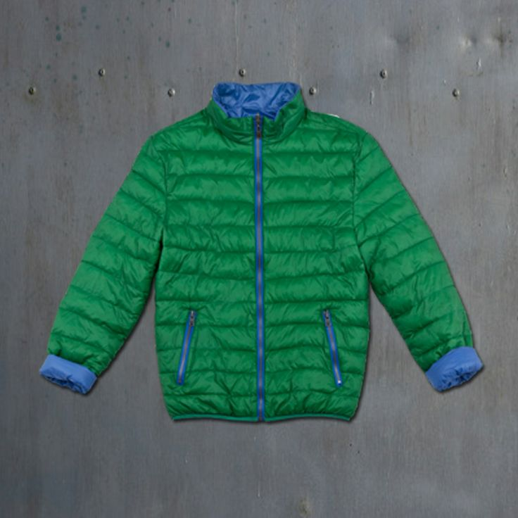 Despite our desires spring ... hard to get!  Here then is one of the lightweight down jackets men's collection S / S 2014! Bright colors, contrasting lining. Perfect for a rainy day or for a summer evening by the sea! #40weft #s/s2014 #menfashion #fashionblogger #jacket