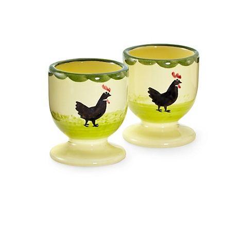 """Handbemalte Eierbecher """"Hahn und Henne"""", hergestellt von der Zeller Keramik Manufaktur im Schwarzwald – jetzt bei Servus am Marktplatz kaufen."""
