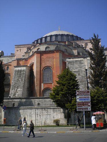 Ό,τι φας κι ό,τι πιεις: Κωνσταντινούπολη: Αγιά Σοφιά, Kapali Carsi και βόλ...