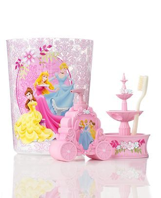 I have to have at least one thing from this collection in my bathroom. I want to be a princess who bathes in pink!! :)