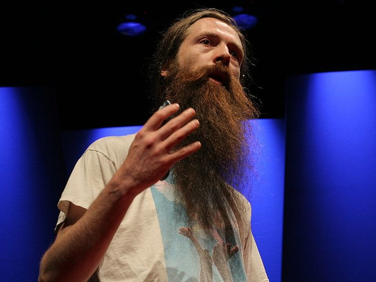 Cambridge researcher Aubrey de Grey argues that aging is merely a disease -- and a curable one at that. Humans age in seven basic ways, he says, all of which can be averted.