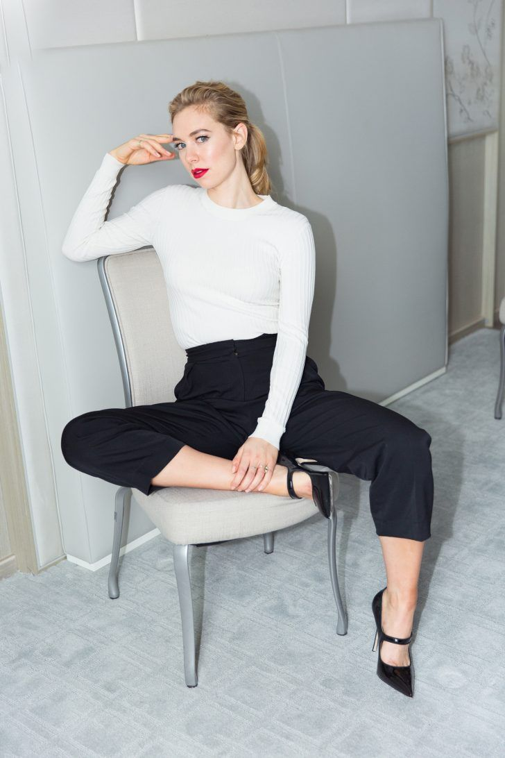 Why Netflix's Royal Drama 'The Crown' Is Your Next Binge: Netflix's newest, buzz-y-est (& biggest-budgeted, coming in it at a whopping $100 million) venture, The Crown, pulls the curtain on the most guarded family. We sat down with Vanessa Kirby, who plays the Queen's rebellious sister, Princess Margaret, & Jared Harris, who takes on the role of King Charles VI, to talk about the most surprising scenes, & what it was like to work on such a big-budget production. | coveteur.com