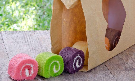Sacchetti di Halloween fai da te con carta del pane e carta trasparente