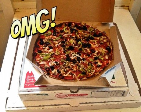 Veganize Your Delivery Pizza!  Warm, vegan deliciousness is about to be delivered to your front door. {Papa John's garlic dipping sauce is vegan! Hallelujah!}