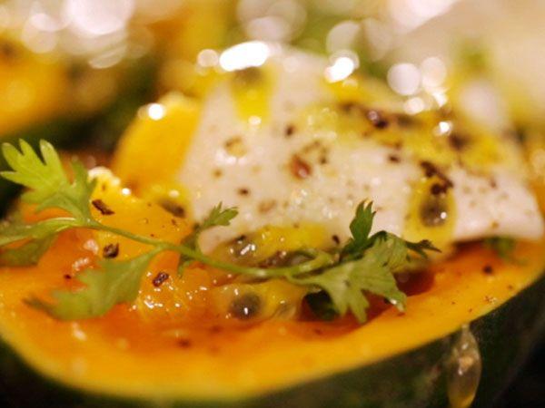 Papayasallad  med kokos och basilika | Recept.nu