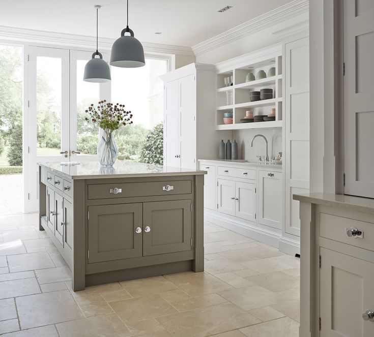 Kitchen Ideas In Grey: Best 25+ Light Grey Kitchens Ideas On Pinterest