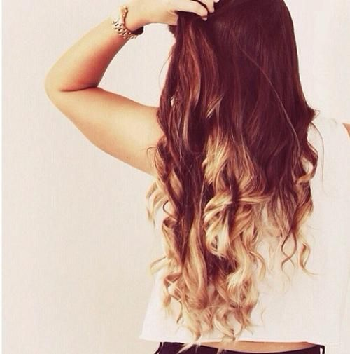 Love this hair....I'm black with short hair and couldn't really work this but IF I WERE WHITE....:)!! Lol