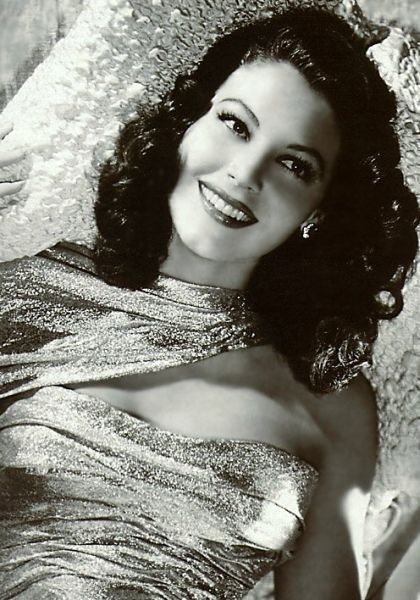 Rita Hayworth's Glittering Bustier - Old Hollywood Style Inspiration - Photos