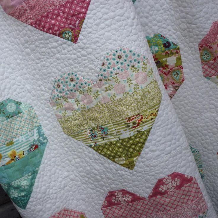 499 best images about Quilt on Pinterest Batik quilts, Fat quarters and Quilt