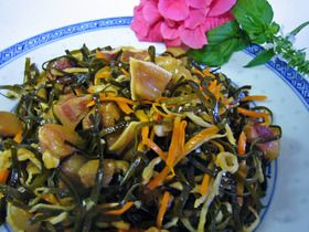 Kubu Irichi (クーブーイリチー) | 刻み昆布と切干大根とミミガーの炒め煮