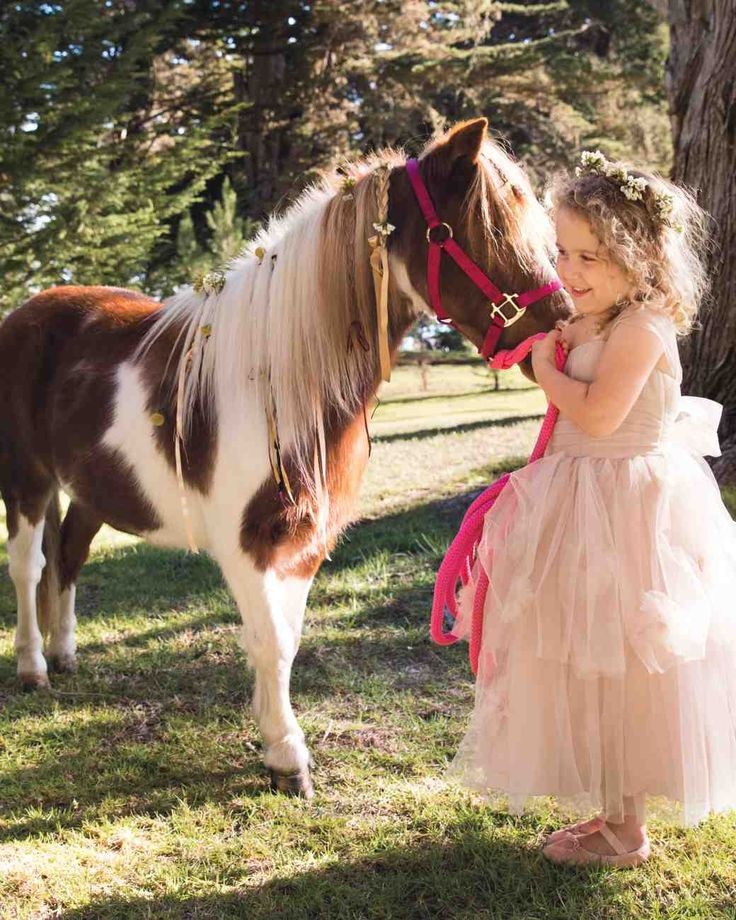 1000 Ideas About Flower Crown Hair On Pinterest: 1000+ Ideas About Kids Wedding Hairstyles On Pinterest