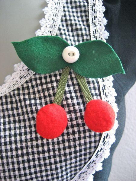 Gratis,eBook,CherryCherryLady♥2012,Anstecker,Nadel von Grüezi auf DaWanda.com