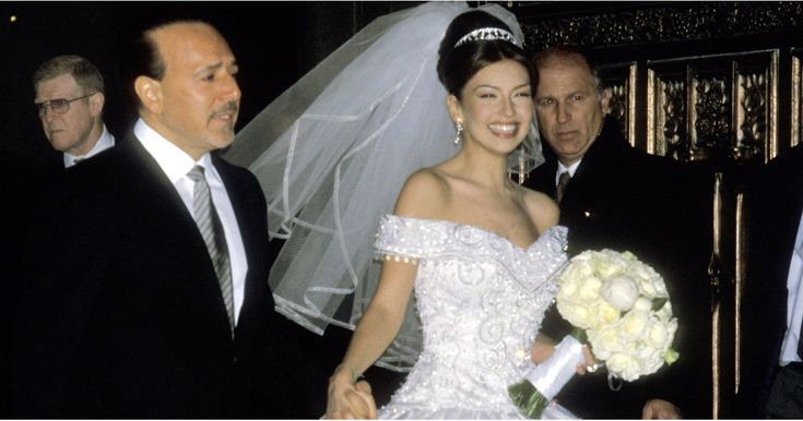 You Won't Fully Appreciate the Beauty of Thalia's Wedding Dress Until You See It Up Close