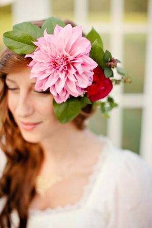 Dahlia headband // event design and floral PoppyLoveWeddings.com photo by RuthEileenPhotography.com
