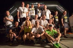 Bieganie po wojskowym lotnisku. Taki event dostarczył niezapomnianych wrażeń wszystkim uczestnikom. Sport to zdrowie :)