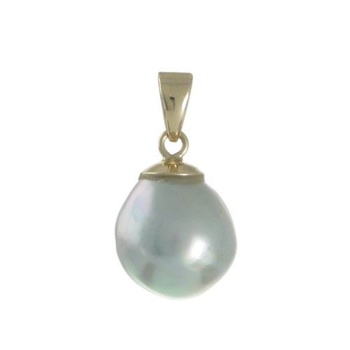 A baroque blue Australian Akoya pearl pendant in 9ct yellow gold with a pearl measuring 9mm with a good lustre and some natural surface marks. #BrokenBay #Rutherford #Melbourne