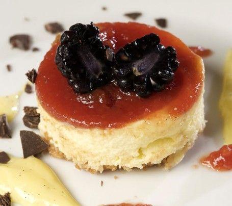 """Deborah Corsi - Ristorante """"La Perla del Mare"""" a San Vinceno (LI): Mato Cheesecake (Cheseecake con confettura Tomatina `""""Mediterranea Belfiore"""")"""