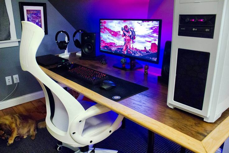 """""""Setup by reddit user haydnc97  Chair: High Back White Mesh Executive Swivel Office Chair with Leather Seat Insert Monitor: LG 29um67-P Speakers: Rockville…"""""""