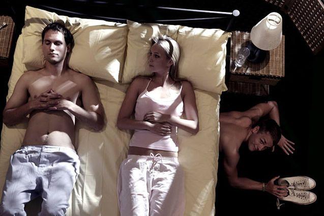 Un nuevo estudio afirma categóricamente que la infidelidad en lugar puede fortalecer un matrimonio    La traición puede destruir…