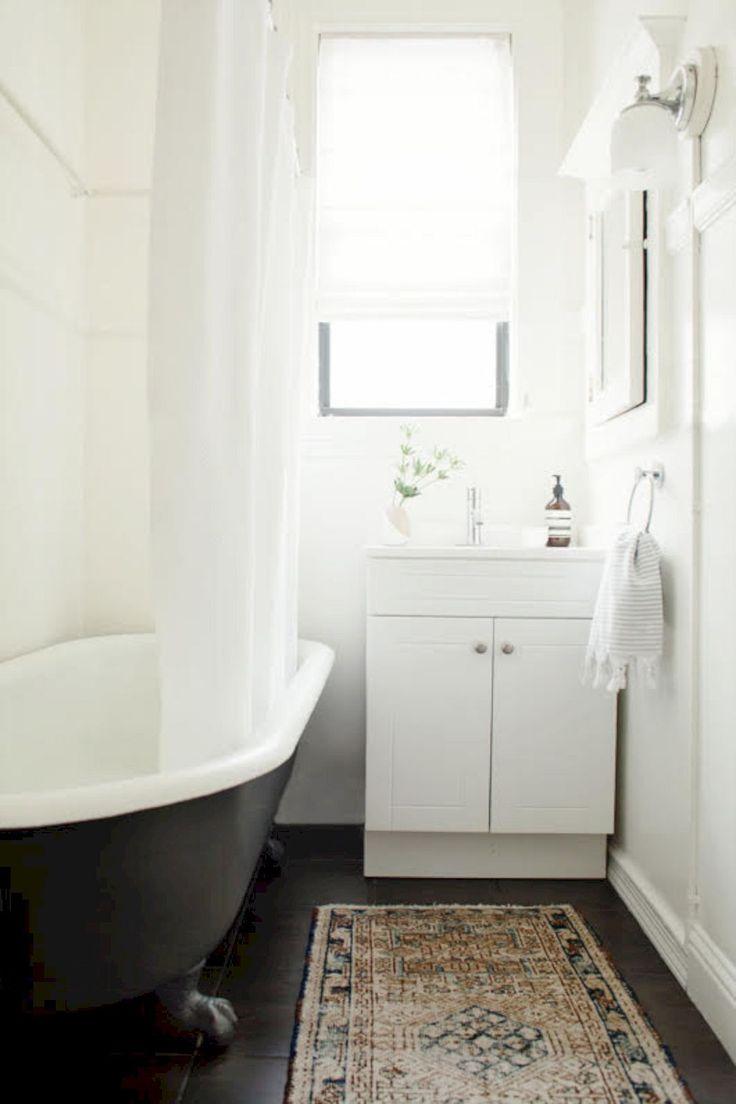 Minimalist Small Bathroom Remodel Idea 108