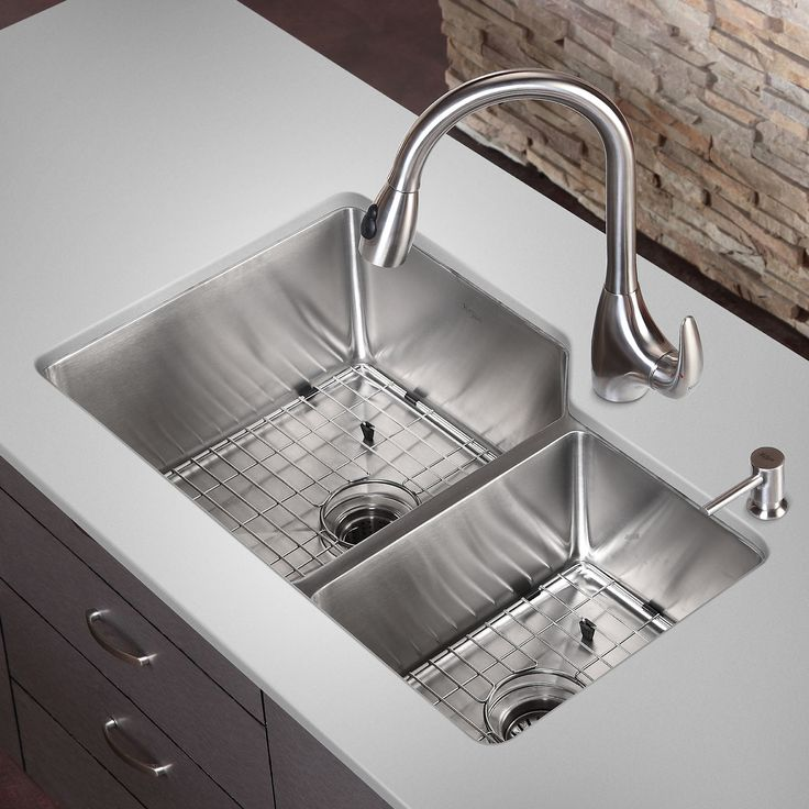 "32"" x 20"" Double Basin Undermount Kitchen Sink"
