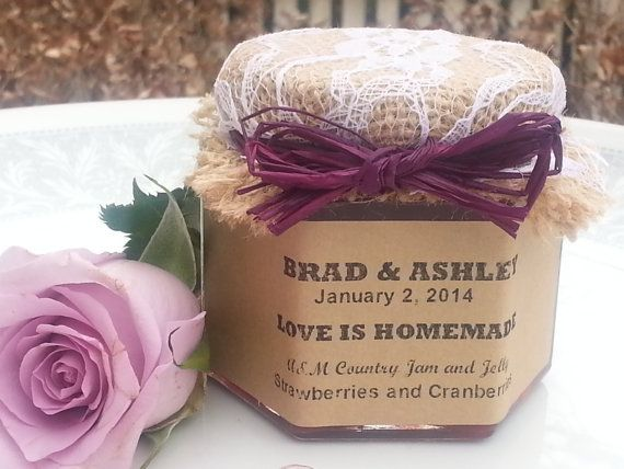 Jam Wedding Favors Laced -- 25 - 1.5 oz jar w/ choice of flavors, personalized labels, raffia ribbon & laced burlap topper