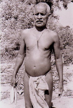 Naked picture Indian old man