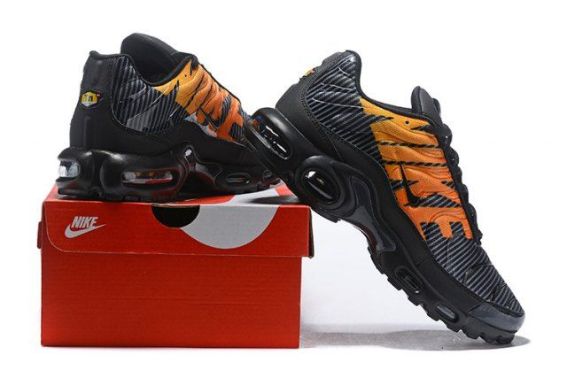 b2499bfd3e1 Enthusiasm Nike Air Max Plus TN Striped Black Total Orange Anthracite Tour  Yellow AT0040 002 Sneakers Men s Running Shoes