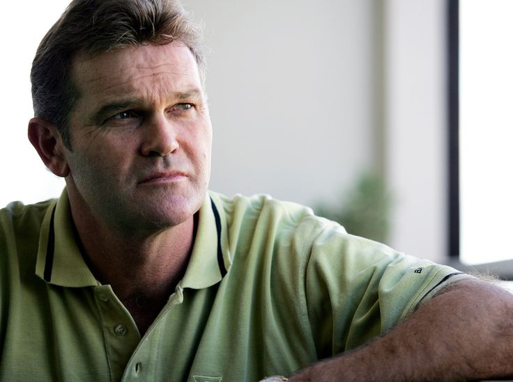 Cricket Legend Martin Crowe has died from cancer http://ift.tt/21ImaWx Love #sport follow #sports on @cutephonecases