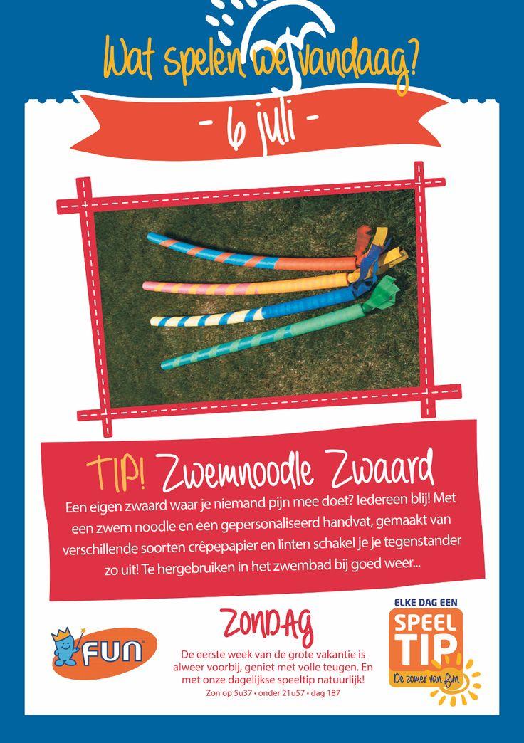 Speeltip van de dag: versier een zwem noodle met crêpe papier en linten om het tot je eigen persoonlijke zwaard te maken! Nog leuke vakantiespeeltips? Laat het weten in de reacties en win een exemplaar van Het Leuke Vakantieboek!